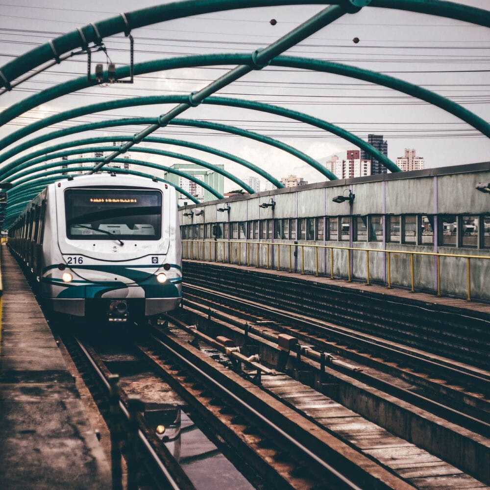 Travelling in and around Delhi in Metro Rail